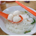槟城美食:椰脚粿条汤和老虎炒粿条