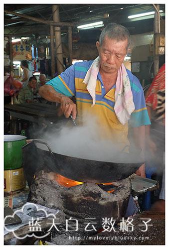 槟城美食:霹雳律(大路后)巴杀藏炭烧味