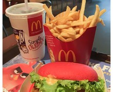 McDonald's Singapore : The Angry Birds ™ Super Red Burger