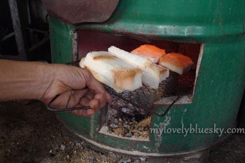 多春茶座 招牌炭烤面包