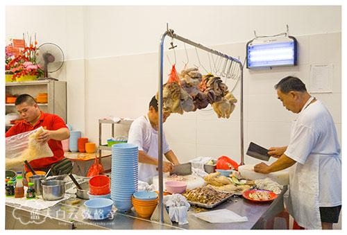 芙蓉美食:波记猪杂粥和白斩鸡