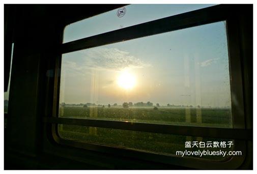 坐火车旅行