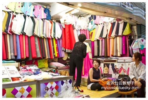 韩国釜山购物:东新韩服店