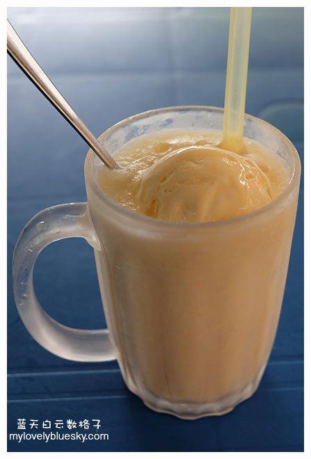 椰肉雪糕冰沙