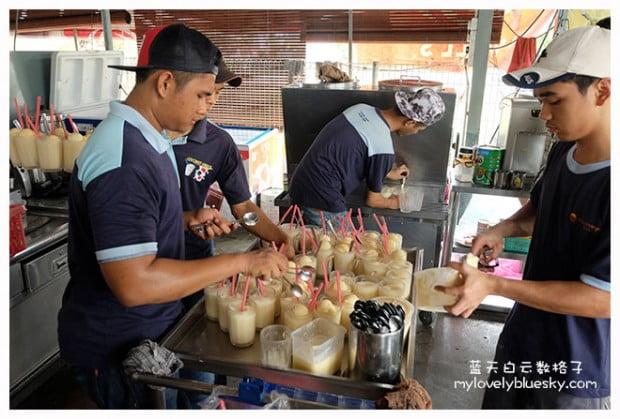 马六甲美食:Klebang Original Coconut Shake