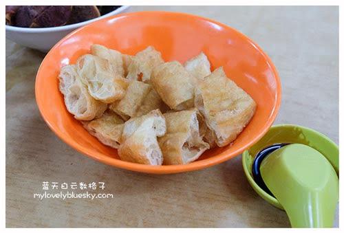 新加坡马里士他美食:亚合肉骨茶