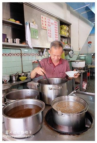 新加坡马里士他美食:亚合肉骨茶 & 正宗凉茶馆