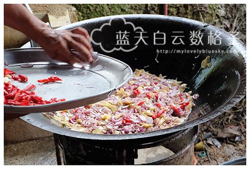 焖酸菜猪肉