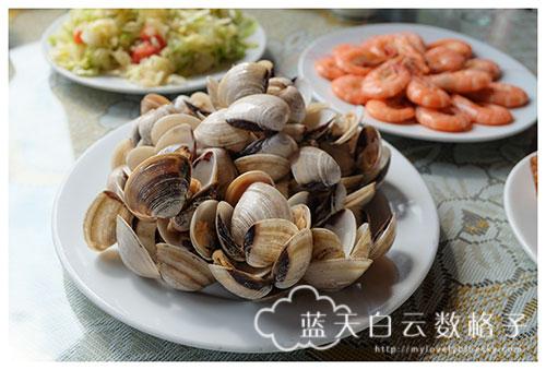 越南下龙湾半日船游(Part 3):船上午餐